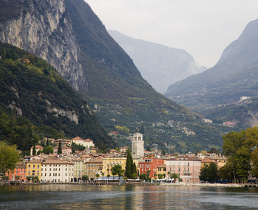 riva-del-garda holiday rentals and accommodation