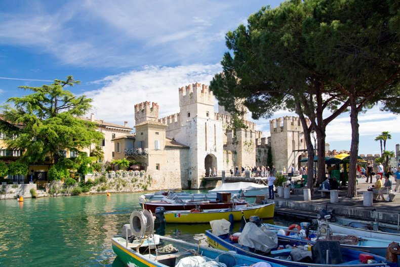 lake garda villas and apartments