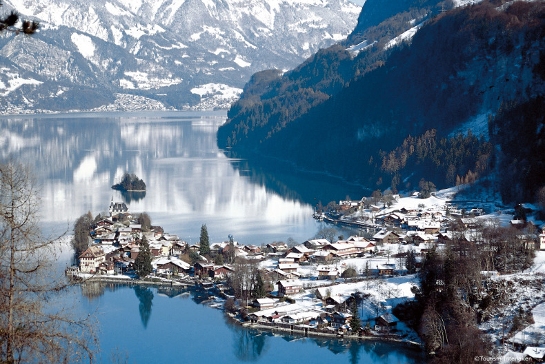 swiss lakes & mountains holiday accommodation, chalets