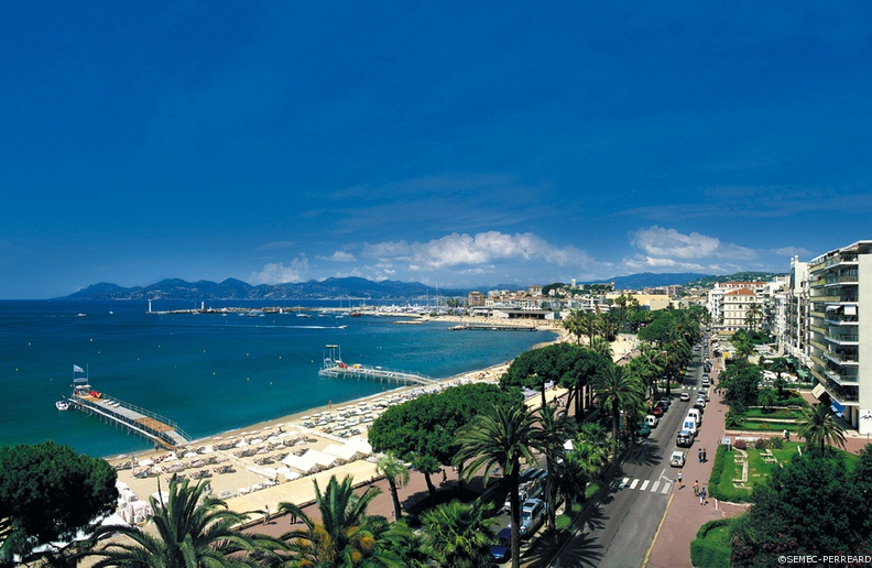 Cote D Azur Holiday Rentals Beach Villas Amp Apartments To
