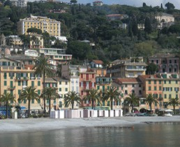 villas and apartments to rent in cinque terre