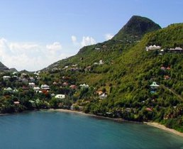 St barths villas vacation rentals st barths my chalet for Marigot beach st barts