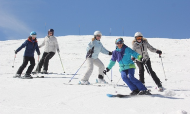 family skiing lessons in val-thorens