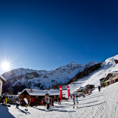 courmayeur skiing at christmas