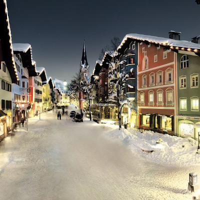 christmas skiing in kitzbuhel austria
