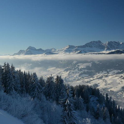 christmas skiing in megeve