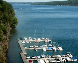 Canandaigua lake lodging, vacation rentals